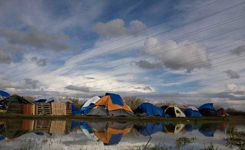 tent city in Sacramento